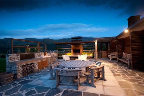 Nevis group ltd queenstown portfolio of nevis group for Outdoor spaces nz